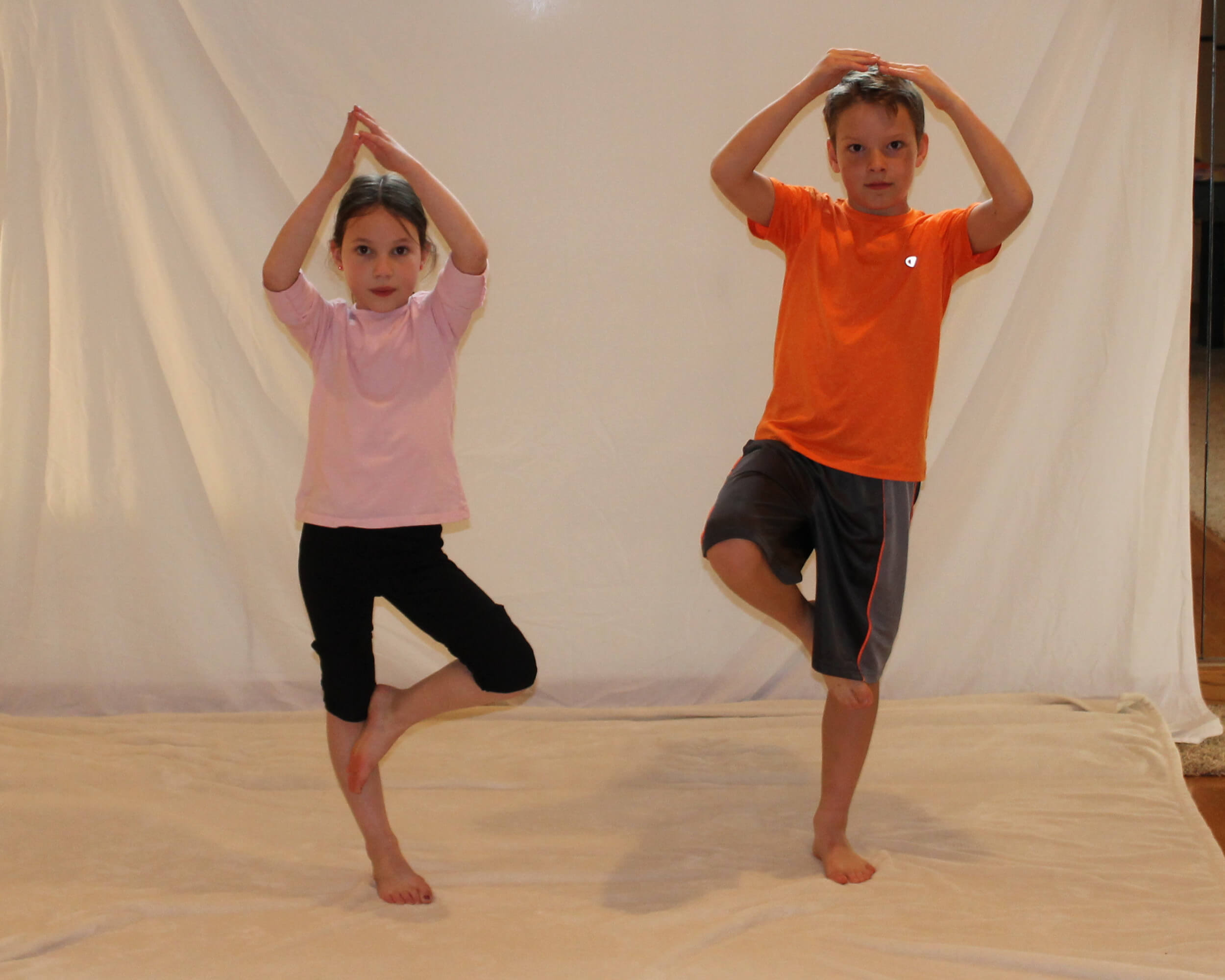 Guest Post: 5 Kids Yoga Poses to Ease Travel Stress this Holiday
