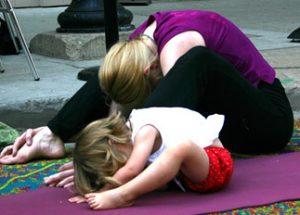3 Easy Ways To Do Yoga With Kids Go Go Yoga For Kids